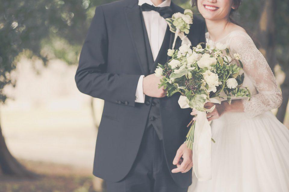 式 コロナ で 延期 結婚 新型コロナウイルスの影響で結婚式を延期・キャンセル!花嫁さんのリアルな声を聞かせてもらいました!